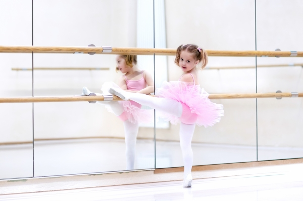 Little ballerina at ballet class